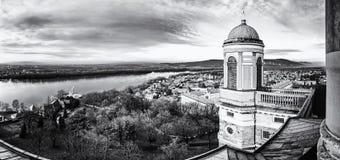 从大教堂的圆顶,埃斯泰尔戈姆,匈牙利的看法,无色 免版税图库摄影