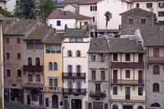 从大正方形采取的阿雷佐古老大厦-托斯卡纳 免版税库存照片