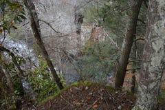 从大派尼瀑布上的看法在田纳西的秋天小河下跌国家公园 库存照片