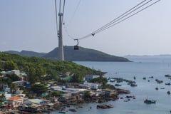 从富国岛电车的看法到在开始之后的Hon汤姆海岛 免版税库存照片