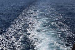从小船的波浪 图库摄影