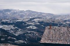 从山圣马力诺的看法 免版税库存图片
