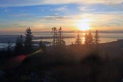 从山看的日落 库存照片