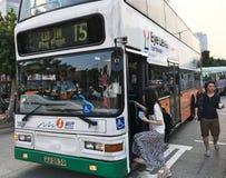 从峰顶的公共汽车15在香港 库存图片