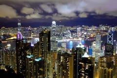从峰顶的香港视图在晚上 免版税库存图片