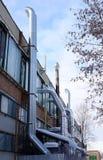 从工厂前提的透气管子 行业视图 俄国 库存照片