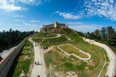 从布拉索夫,在法院视图里面的罗马尼亚的Rasnov城堡 免版税库存照片