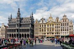 从布鲁塞尔大广场的场面 免版税库存照片