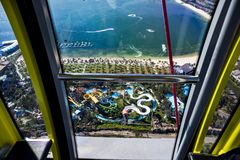 从弗累斯大转轮的鸟瞰图在游乐园 库存照片