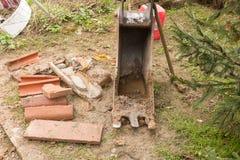 从挖掘机机器零件的铁锹 库存图片