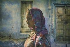 从普斯赫卡尔的印地安部族妇女 免版税库存照片