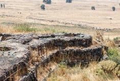 从最后的审判日留在了赎罪日战争战争在戈兰高地以色列的被毁坏的争斗塔 图库摄影