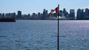 从朗斯代尔码头北温哥华区的普通的温哥华街市视图 影视素材