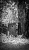 从树的木减速火箭的蜂箱 免版税库存图片