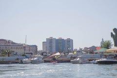 从格鲁吉亚度假胜地的堤防海的看法  库存照片