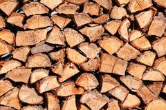 从橡木日志的柴堆 库存图片