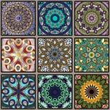 从正方形的五颜六色的花卉无缝的样式 库存照片