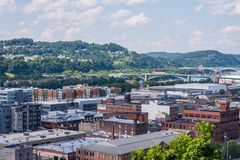 从波兰小山的地平线在北匹兹堡,宾夕法尼亚 免版税图库摄影