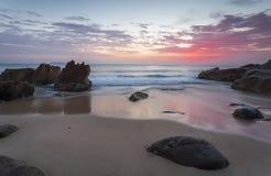 从海滩斯蒂芬斯港的美好的日出 库存照片