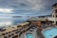 从海的一个阳台视图科尔特斯海滩俱乐部,圣卡洛斯,我 库存照片