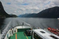从游轮的惊人的海湾视图在挪威/斯堪的那维亚 图库摄影