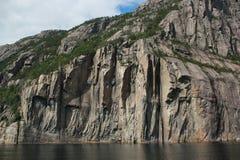 从游轮的惊人的海湾视图在挪威/斯堪的那维亚 免版税图库摄影
