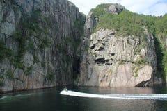 从游轮的惊人的海湾视图在挪威/斯堪的那维亚 库存照片