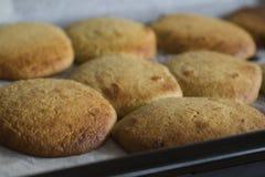 从烤箱的自创典型的荷兰食物,叫eierkoek 库存图片
