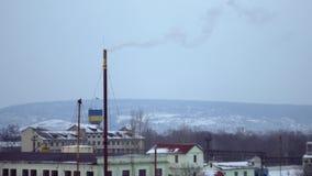 从热力stationboiler室,热电厂,航测,白色烟烟囱的白色烟  股票视频