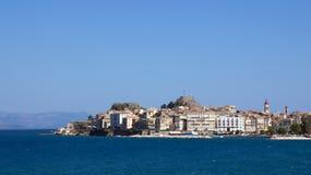 从爱奥尼亚海的科孚岛镇在希腊 免版税库存照片