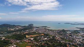 从猴子小山的鸟瞰图在普吉岛 库存照片