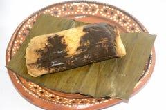 从瓦哈卡和恰帕斯州状态的传统墨西哥玉米粽子坎德拉里亚角天庆祝的 库存照片