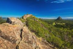 从登上Ngungun,玻璃议院山, Su山顶的看法  库存图片