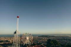 从登上Tibidabo巴塞罗那西班牙的城市视图 库存图片