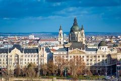 从盖勒特小山的布达佩斯都市风景 匈牙利 库存图片
