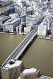 从碎片的顶端伦敦桥梁 免版税库存照片