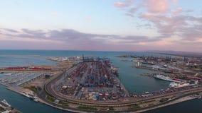 从空气的看法到巴伦西亚海口在日落期间的 西班牙 股票录像