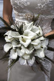 从空白水芋属的婚礼花束 免版税库存图片