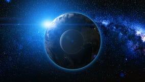 从空间的日出视图行星地球和月亮上 免版税库存图片