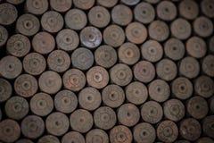 从第二次世界大战的老使用的生锈的德国壳 库存照片