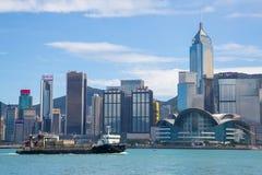 从维多利亚港口的香港地平线 库存图片