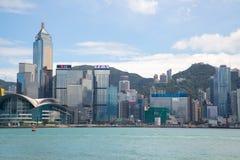从维多利亚港口的香港地平线 免版税图库摄影