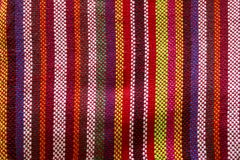 从编织的布料美丽的条纹编织 免版税库存照片