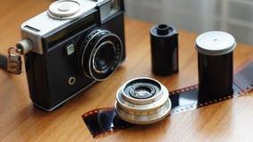 从老影片照相机的辅助部件 免版税库存图片