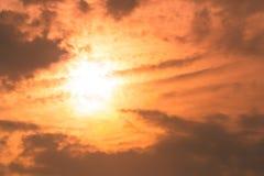从自然的美好的光在每天日落 免版税库存图片