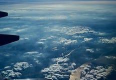从航空器独特的图象的美好的cloudscape视图 免版税库存图片