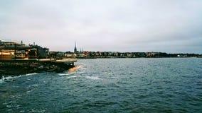 从芬兰湾的看法向赫尔辛基 库存照片