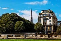从荣军院,巴黎的艾菲尔铁塔 库存照片