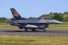 从荷兰-英国皇家空军的F-16 免版税库存照片