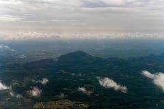 从董里府,泰国的角落的山景 免版税库存照片